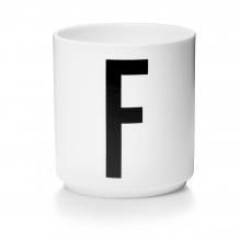 Tasse en porcelaine F