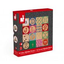 16 cubes alphabets gravés à partir de 2 ans