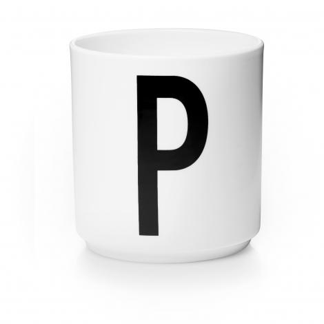 Tasse en porcelaine P